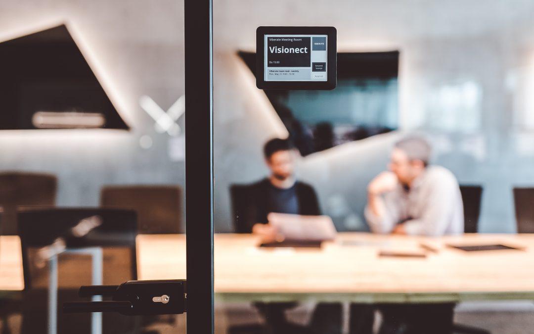 Digital door displays: a growing trend or a basic necessity?